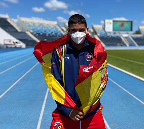 Deliber Rodríguez logra tres medallas en la  Virtus World Athletics Championships y bronce en el Europeo