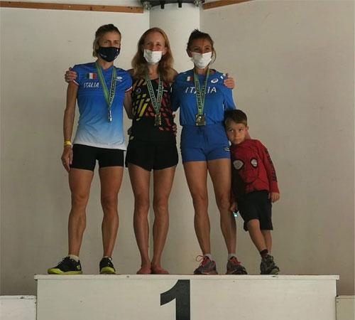 Charlotte Cotton triunfa en el Campeonato Masters de Trail Running