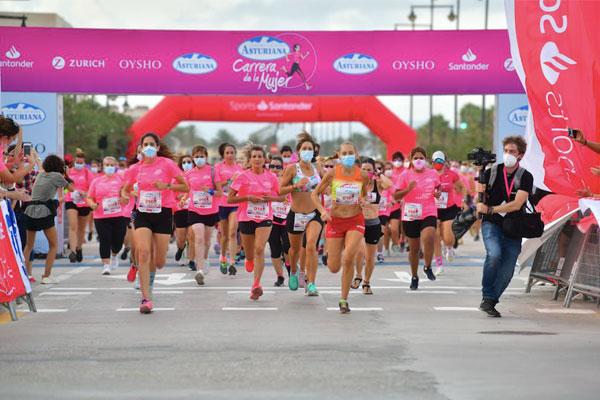 La Marea Rosa regresa a lo grande en la Carrera de la Mujer de València