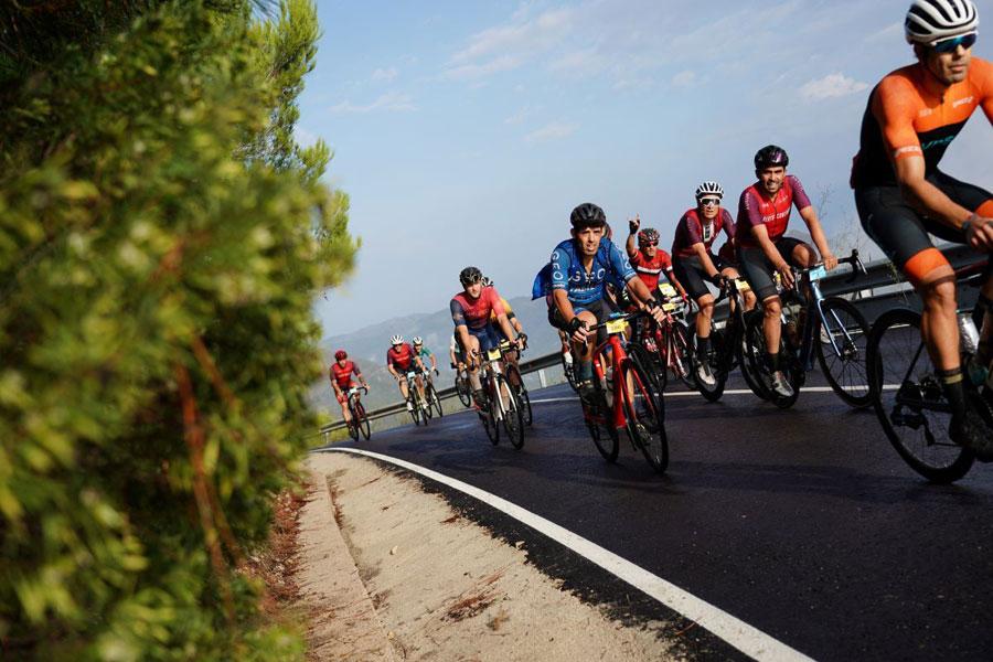 3.000 ciclistas disfrutan de la TotalEnergies Gran Fondo Alberto Contador