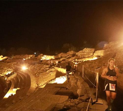 El ayuntamiento y Atletas Populares acuerdan que la próxima media maratón será el 5 de marzo en horario nocturno